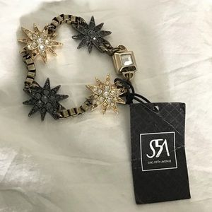 Elegant Star burst Rhinestone Magnetic Bracelet